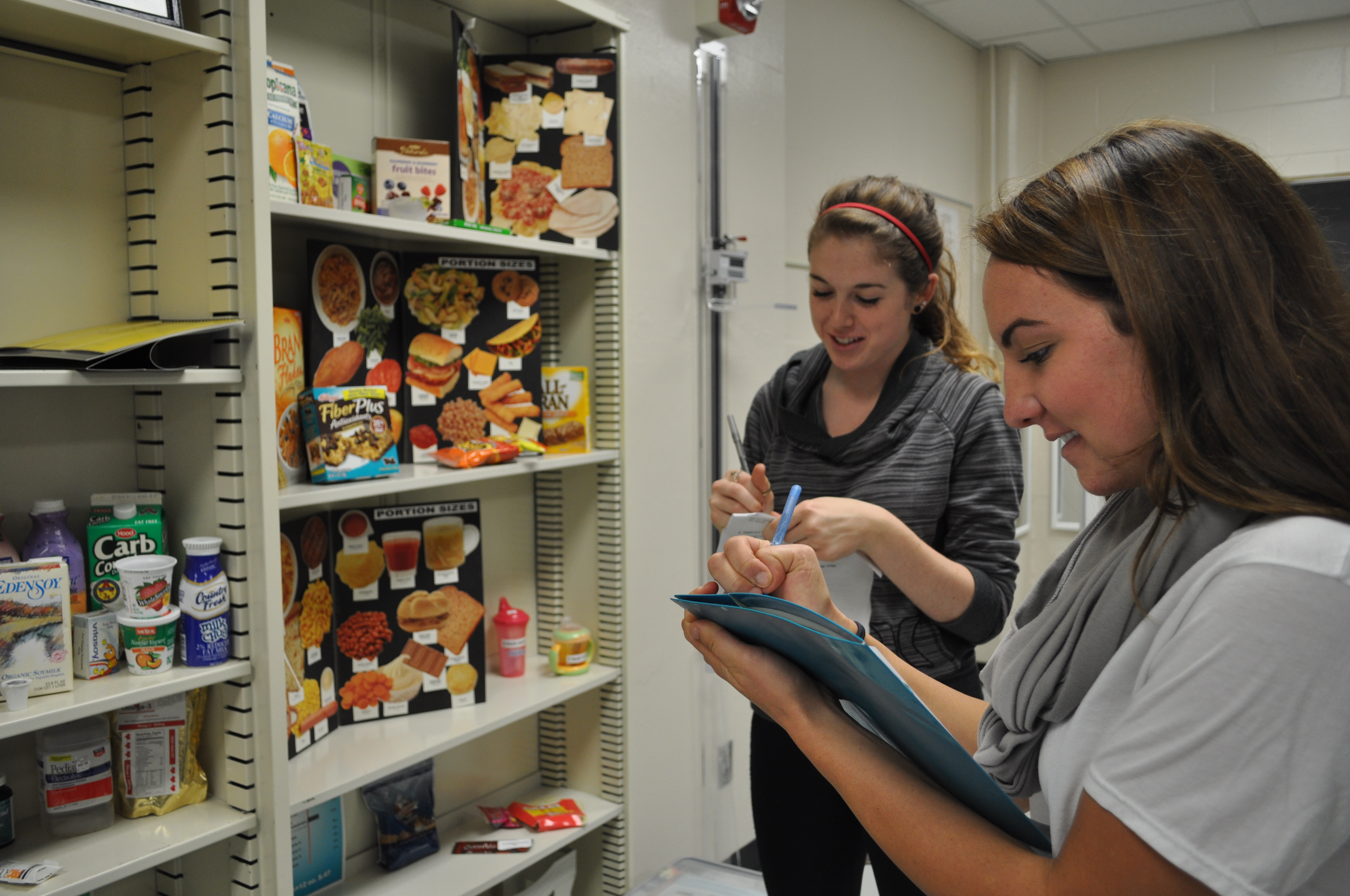 Students participate in food science and nutrition programs.