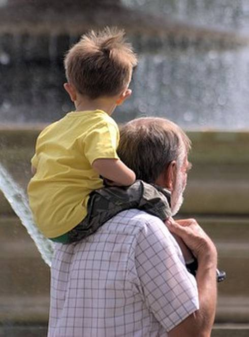 Grandparents and other older adults can help contribute to a child's development. Photo credit: Pixabay.