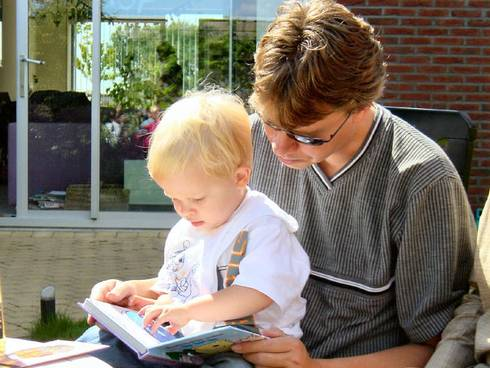 Parents and caregivers are encouraged to read often to the children in their care.