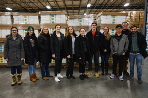 AFRE Undergrads Tour Local Food Industry Businesses and Network with Alumni