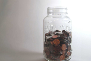 change in a jar