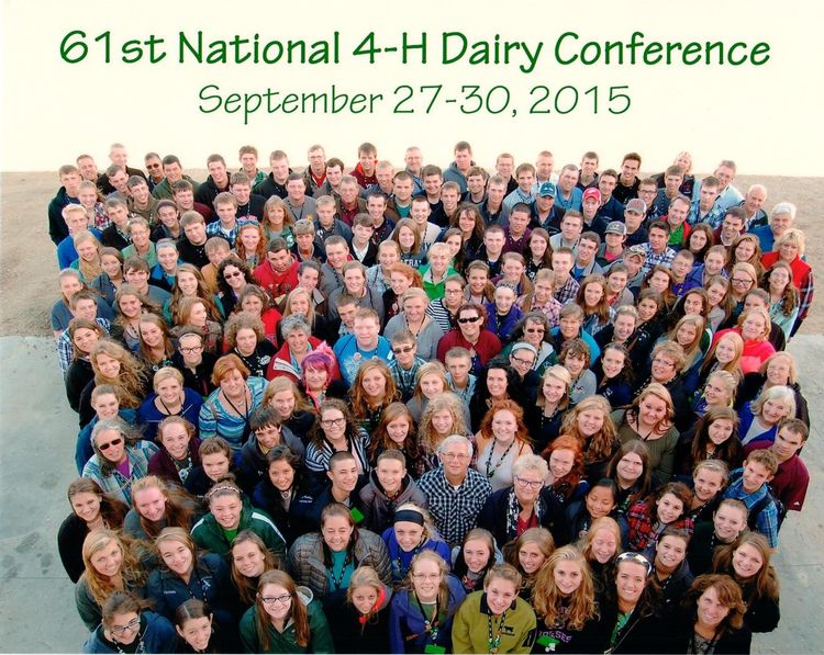 The 2015 National 4-H Dairy Conference delegation at Crave Brothers Farm in Waterloo, Wisconsin. Photo: Dave Winston.