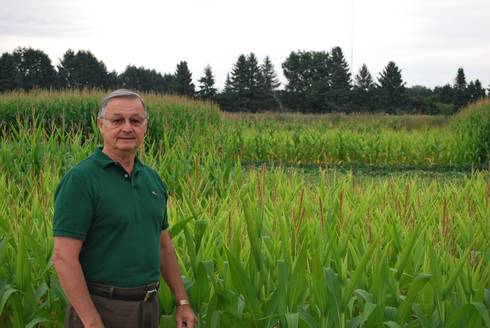 MSU AgBioResearch soil scientist Alvin Smucker