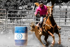 Proper body positioning for your barrel racing runs