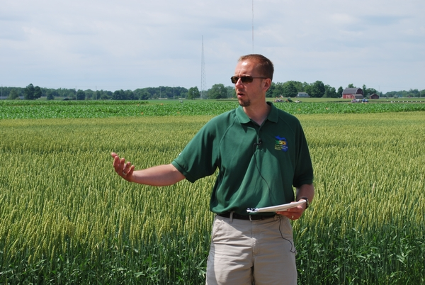 Kurt Steinke, a soil fertility and nutrient management expert, presents at a previous field day.