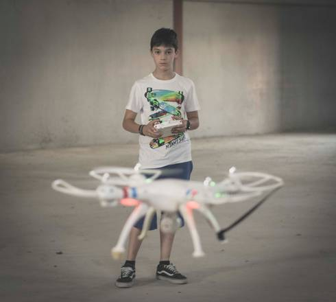 Take the opportunity to introduce youth to the fast-advancing science of drones. Photo: Guillermo Varela, Flickr Creative Commons.