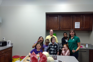 4-H Alumni Ashleigh Apel gives back with 4-H STEAM Corps