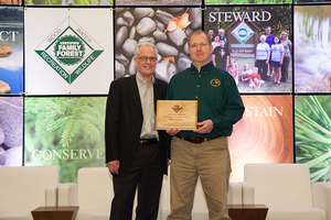 The American Tree Farm System awards Mike Smalligan with the 2017 National Leadership Award.