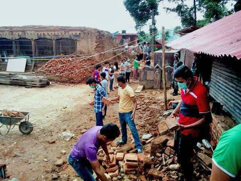 4-H Nepal volunteers managing the debris after the April 25, 2015, earthquake. All images courtesy of Lok Raj Awasthi.