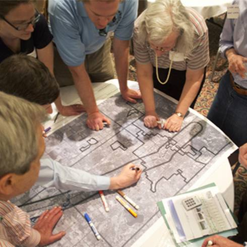 Group participates in the Grand River Corridor Charrette. Photo courtesy © 2012 Matt Radick.