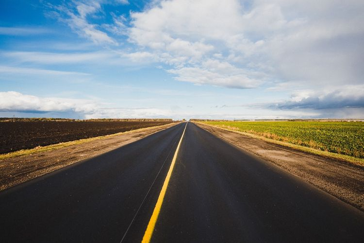 "Stop the chorus of, ""Are we there yet!?"" before it happens and plan ahead for a successful drive. Photo credit: Pixabay."