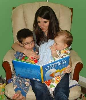 MSU AgBioResearch's April M. Zeoli reads to her two sons