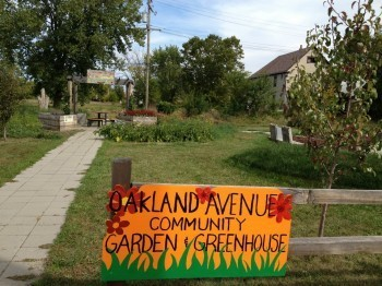 Photo courtesy of the Oakland Avenue Farmers Market Facebook Page.