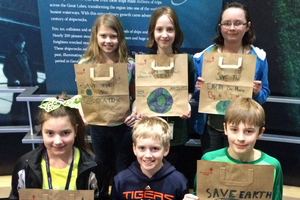 Paper, plastic or reusable bags? Alpena youth 'bagging it' for Earth Day