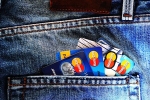 Youth can build credit history through positive use of credit cards