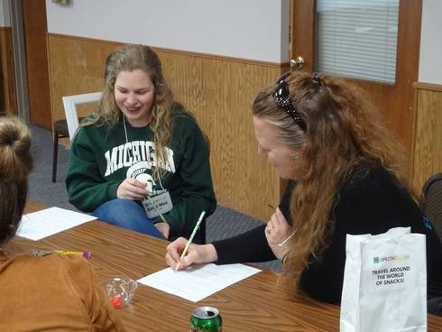 Participants in the 2018 4-H Youth Leadership and Global Citizenship Spectacular interview each other to learn about culture. Photo by Jan Brinn, MSU Extension.