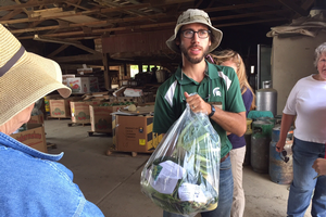 Cultivate Michigan initiative promotes Michigan peppers by hosting a field trip