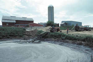 Managing manure storage structures