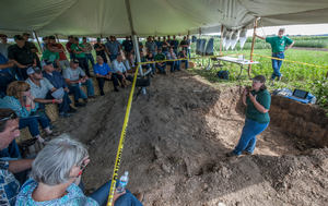 Lisa Tiemann and Dean Baas teach participants about soil health at the 2016 MSU Agriculture Innovation Day. Photo by Kurt Stepnitz, MSU CABS.