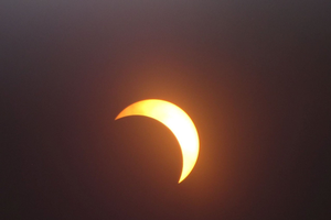 Meteorological responses to the Aug. 21 eclipse