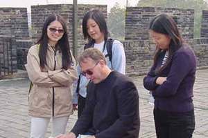 Jon Burley gives his Chinese students tips on design