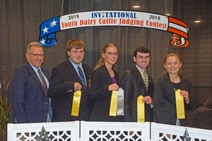 Michigan 4-H members and alumni place in top 10 teams at All-American Dairy Show judging contest