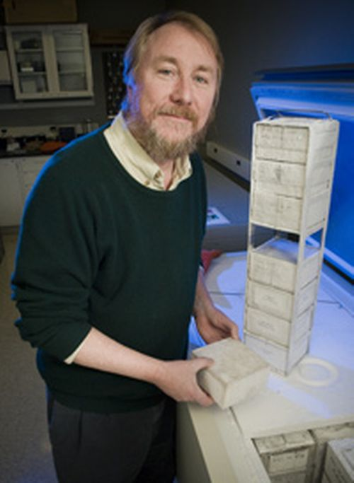 MSU researcher Richard Lenski