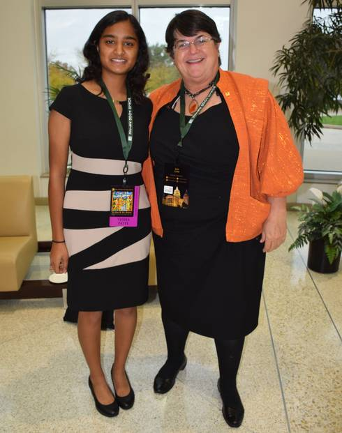 Yesha Patel (left) with 2016 World Food Prize Laureate Jan Low at the World Food Prize Global Youth Institute. Photo: Diana Johns.