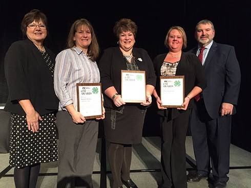 MFB Michigan 4-H Excellence in Agriculture awardees with MFB representatives.