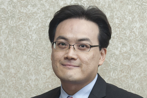 Photo of Jun-Hyun Kim.