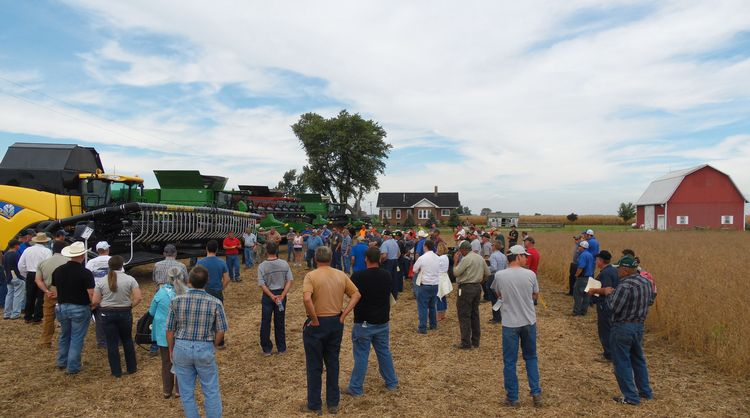 2015 Soybean Harvest Equipment Field Day participants.