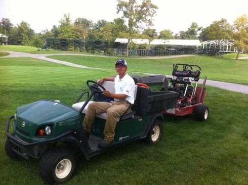 China Turfgrass Student Intern Operating Vehicle
