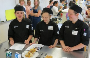 From left: Brittany Dagenais, Sara Beck, and Kelsey Eaton present their winning recipe.