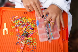 Elastic-band loom bracelets are creative and fun as well as full of real educational value! Photo credit: Pixabay.