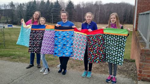 4-H club sewing pillow cases
