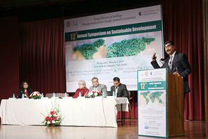 MSU Construction Management professor delivers keynote address at 12th annual Symposium on Sustainable Development in New Delhi, India
