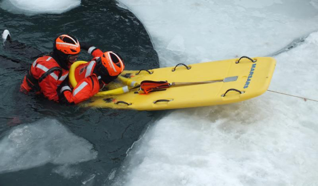An ice rescue is demonstrated. Photo credit: Friends of the Detriot River.