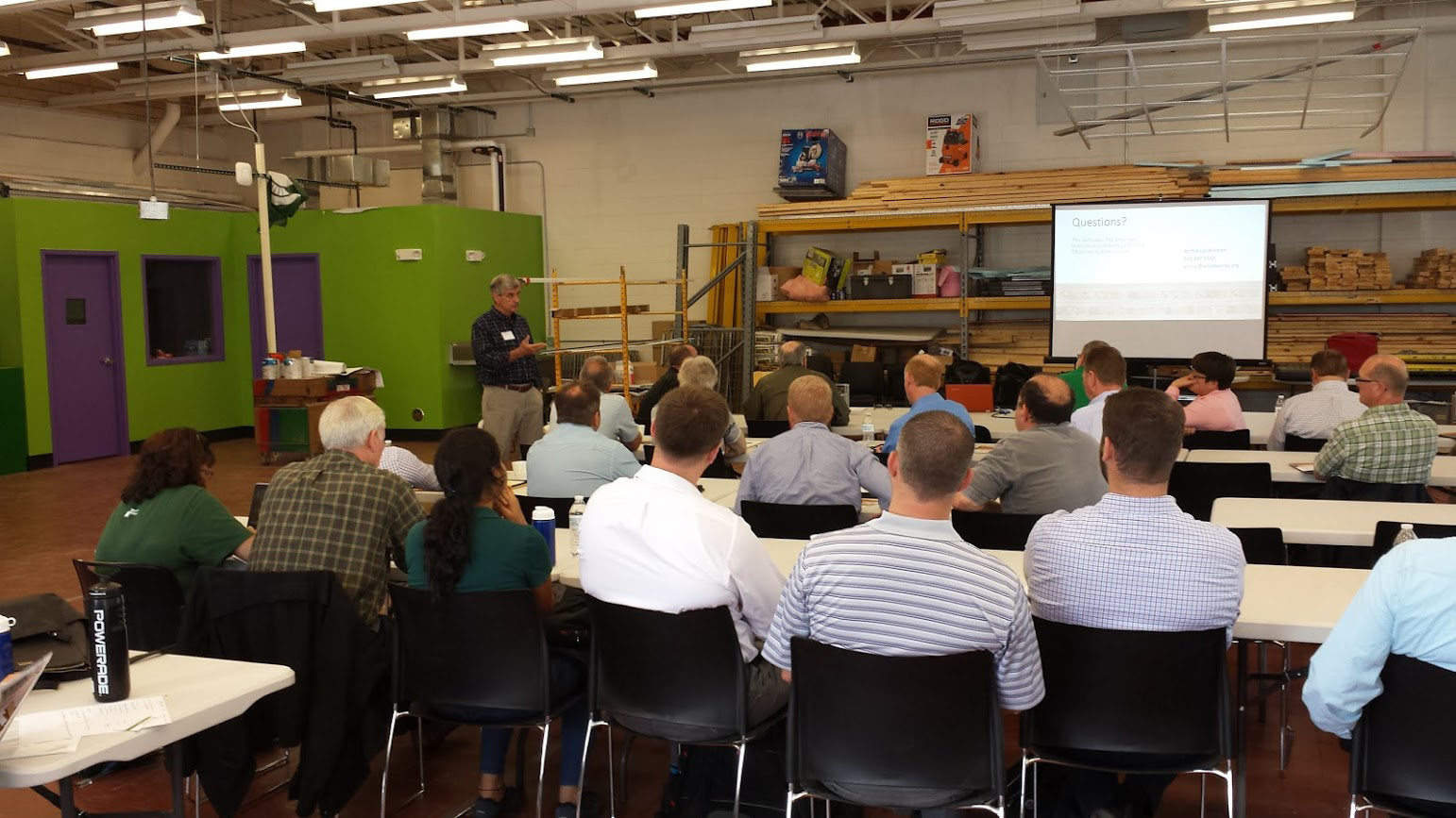 Photo of a workshop taking place at the Construction Management Lab.