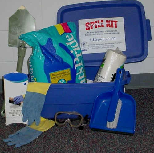 Homemade chemical spill kit