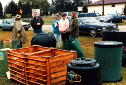 Compost bins come in all shapes and sizes find the one that fits your lifestyle.